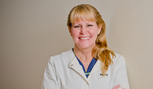 Sandra Darnel Dental Assistant Dr. Hansen's dentist office Naples, FL